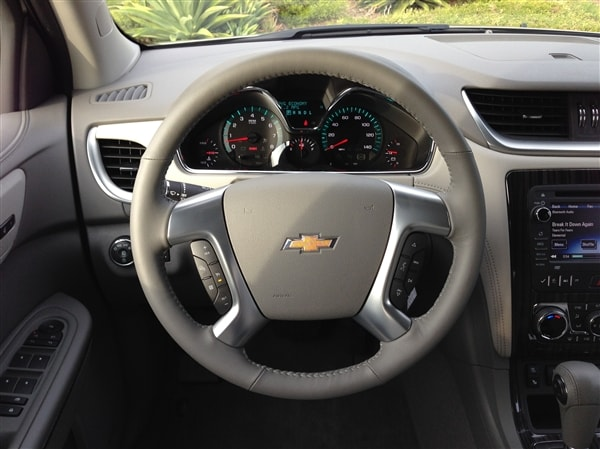 2014 chevy traverse user manual